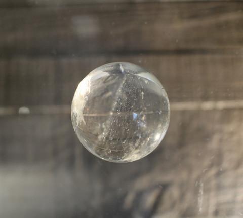 Vuorikristalli, kuula 40 mm