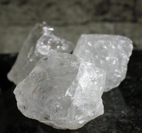 Vuorikristalli, hiomaton 70-90 mm