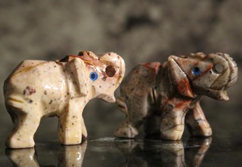 Elefantti,saippuakivi 35 mm