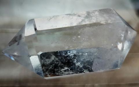 Vuorikristalli, kaksikärkinen 65 mm