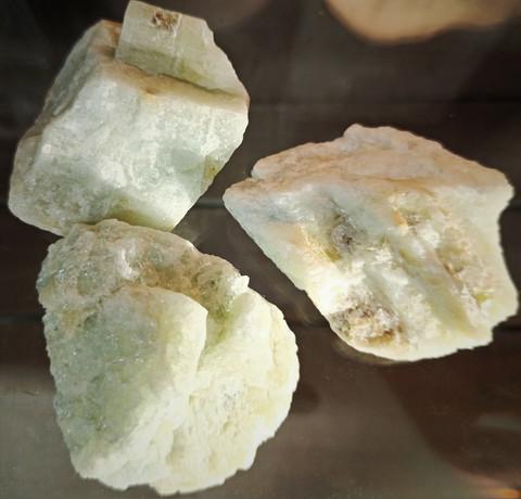 Akvamariini, raakakivi 50-60 mm