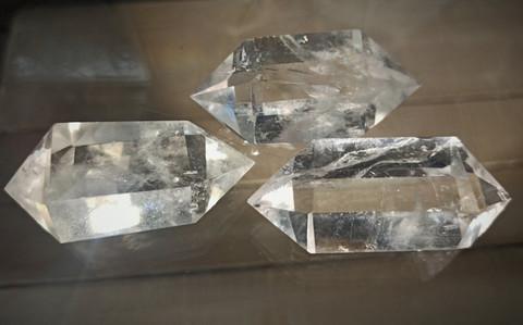 Vuorikristalli kaksikärkinen 60 mm