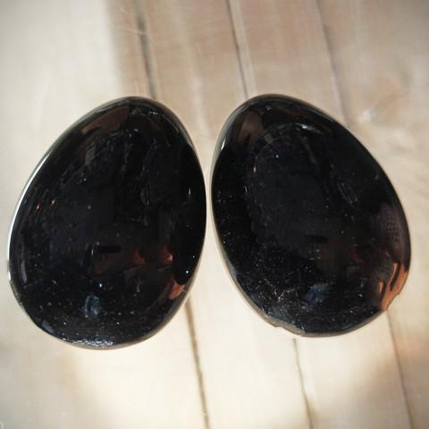 Obsidiaani kivimuna 50 mm