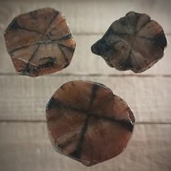 Ristikivi kiastoliitti, 35-40 mm