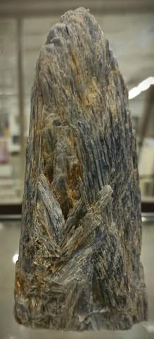 Kyaniitti, raakakivi 160/75/45 mm