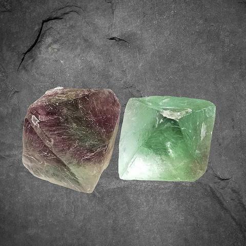 Fluoriitti, oktaedri 40-50 mm
