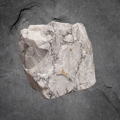 Magnesiitti, raakakivi 105/80/60 mm