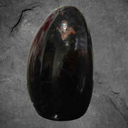 Musta turmaliini, n. 85/60/45 mm