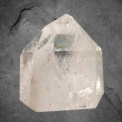 Vuorikristalli kärki, AA-laatu, n. 80/50/80 mm