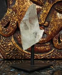 Vuorikristalli jalustalla, 40/80/25 mm