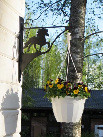 Flower/lantern rack Icelandic Horse