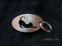 Keychain oval cat stretch short-haired
