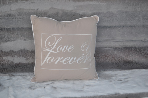 LOVE IS FOREVER 50X50