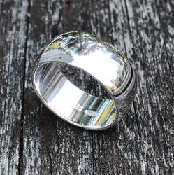 Hopeasormus 10mm kiiltävä BEAT10
