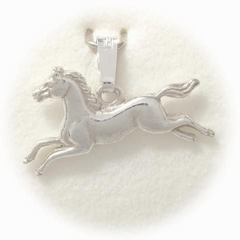Hevonen laukkaa-riipus hopeaa 11018