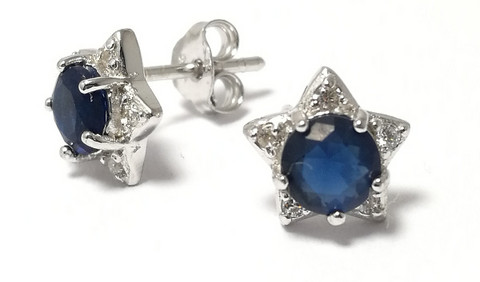 Tappikorvakorut sinisellä kivellä, hopeaa 12051