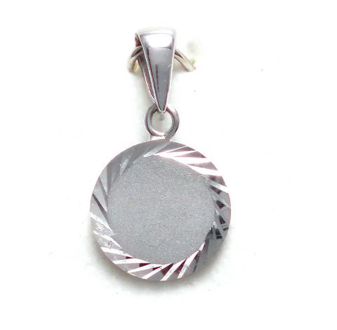 Pyöreä laatta-riipus, hopeaa 11561