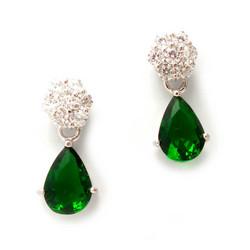 Tappikorvakorut roikkuvalla vihreällä kivellä, hopeaa 12102
