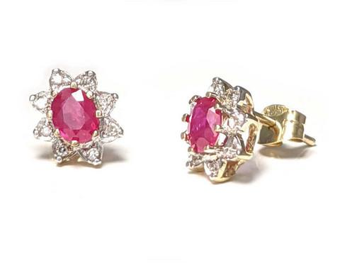 Diana-korvakorut rubiinilla ja timanteilla, keltakultaa