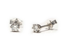 Tappikorvakorut timanteilla yht. 0,20ct, valkokultaa