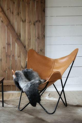 Butterfly chair light cognac