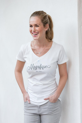 RM T-shirt With Necklace Magnifique