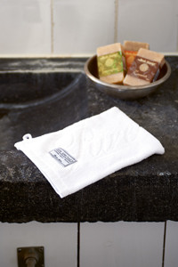 Spa Specials Wash Cloth pure white