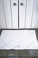 Bath Mat Check white