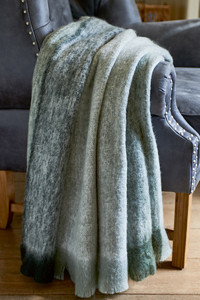 Classic Brush Striped Throw grey