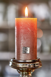 Rustic Candle burned rose 7x13