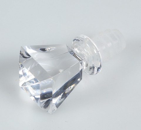 Diamond wine bottle closer