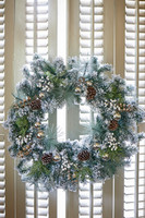 An Amazing Christmas Wreath 100cm