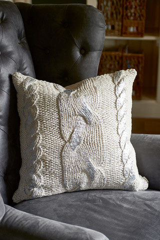 The Silver Knit Pillow 50x50