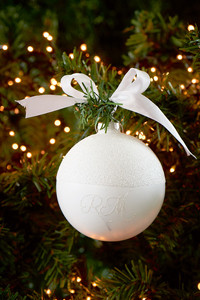 Have A RM Christmas white Dia 10