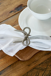 Pretty Bow Napkin Holder