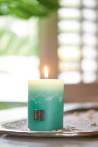 Rustic Candle magical mint 7x10