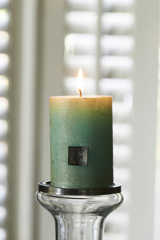 Rustic Candle pearl mint 7x10