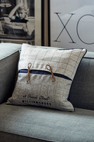 Williamsburg 48 Grand Street Pillow cover 50x50