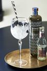 Happy Bow Wine Glass