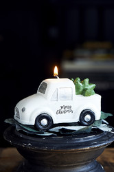 Pretty Pickup Truck Candle