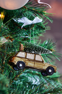 Christmas Shooting Brake Car Ornament