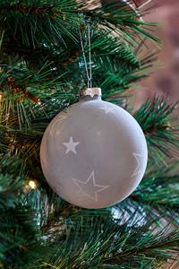 Snowstar Christmas Ornament Dia 10