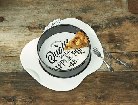 Quality Made Apple Pie Springform