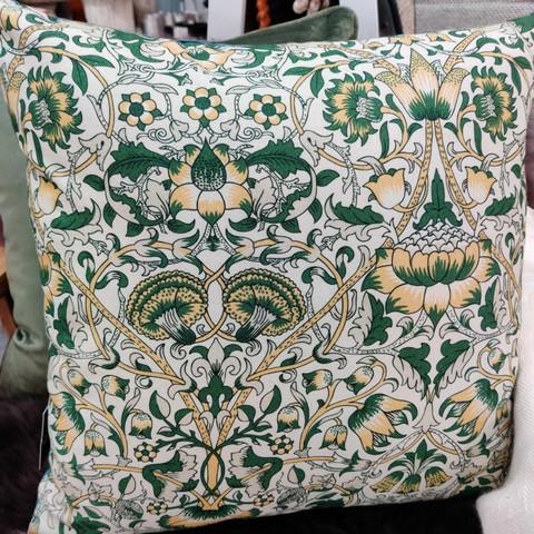 Svanefors kukka tyynynpäällinen 43 x43 cm