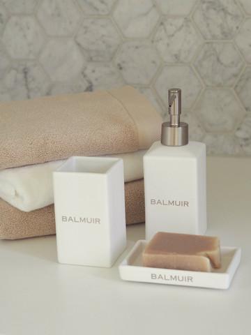 Lugano soap pump white