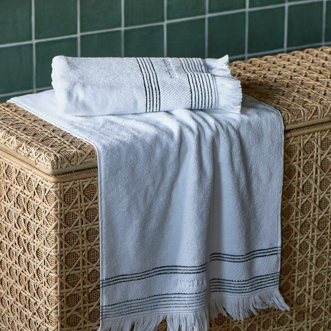 Serene Towel white 140x70 cm