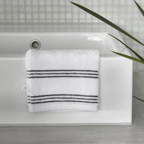Serene washcloth white