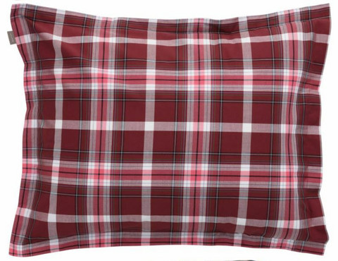 Oxford check pillowcase carbernet red