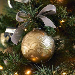 Classic Pattern Ornament Dia 10