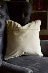The Golden Knit Pillow 50x50